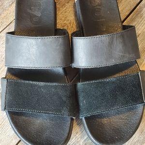 💖2/30!* Sorel black leather sandals, size 7